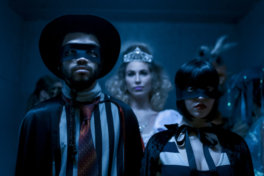 """Justice Smith and Sydney Sweeney star in """"The Voyeurs."""""""